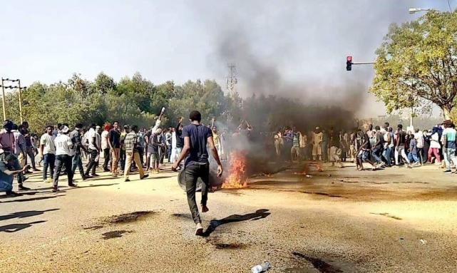 السودان: اتساع رقعة الاحتجاج يُقابل بمزيد من القمع
