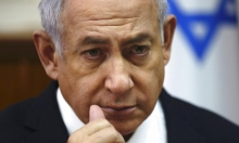 """نتنياهو يهاجم مندلبليت مباشرة: """"يحيك ملفات"""""""