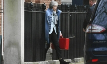 """""""مؤامرة"""": ماي تتهم برلمانيين بالسعي لسحب ملف بريكست منها"""