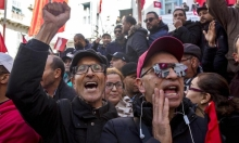 آلاف الطلّاب التونسيين يحتجّون لكي يستأنفوا دراستهم