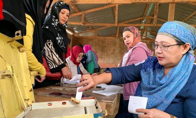 مسلمو الفلبين يصوتون على استفتاء للحكم الذاتي