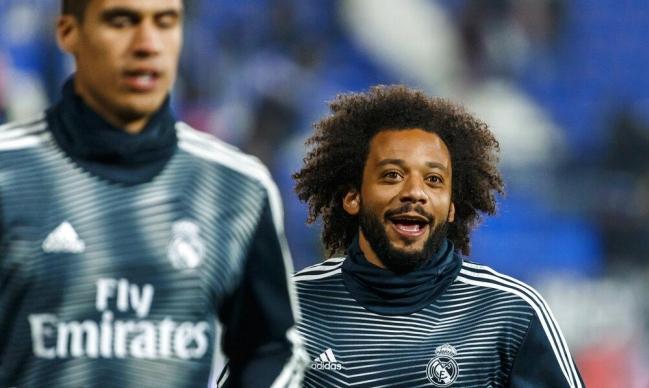 نجم ريال مدريد يفكر في الرحيل