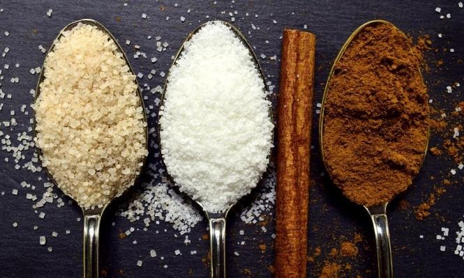 دراسة: التقليل من السكر يخفض دهون الكبد لدى الأطفال والمراهقين