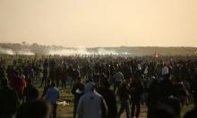 غزة:  شهيدٌ وعشرات الإصابات بالرصاص الحي والاختناق بينها أطفالٌ ومُسعفون