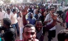 تجمع المهنيين السودانيين يكسر طوق البشير