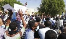 تظاهرات بالسودان والبشير يلتقي السيسي بالقاهرة