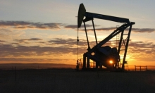 النفط يبلغ أعلى مستوى في 2019 والأسهم الأوروبيّة تستقر