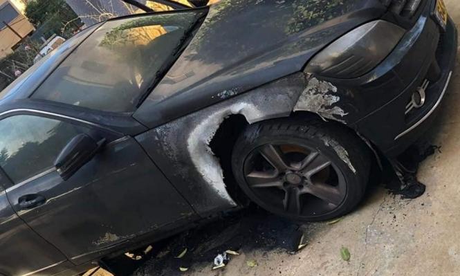 طرعان: إحراق سيارة مدير مدرسة وإلقاء قنابل