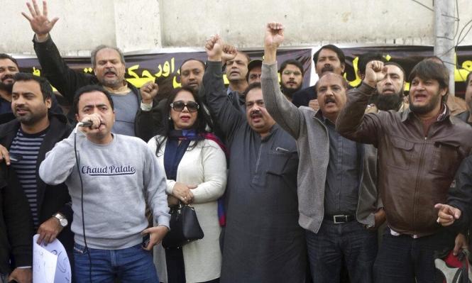 """قمع الباشتون بباكستان: اعتقال صحافي بسبب منشورات """"فيسبوك"""""""