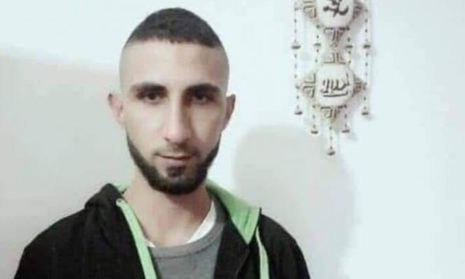 رام الله: وفاة شاب دسّ والده وزوجته السم له في كأس زيت