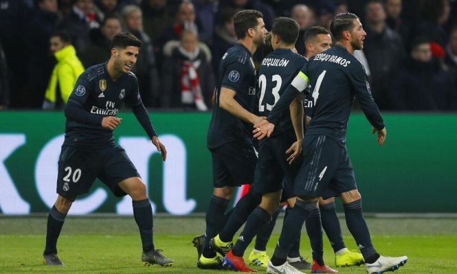 ريال مدريد يتخطى أياكس بهدفين مقابل هدف