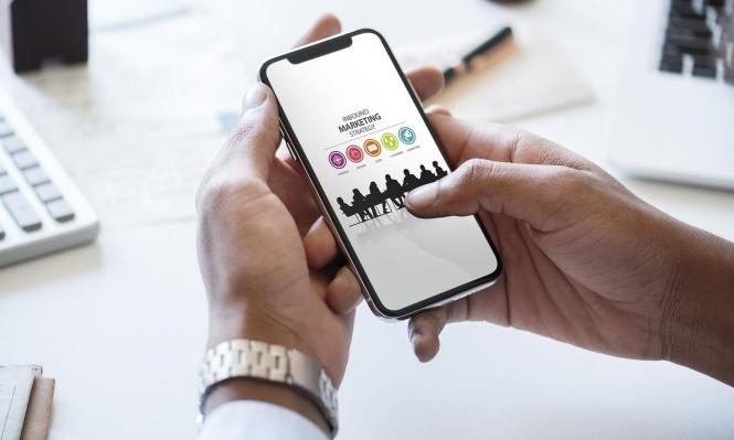 رويترز: قرصنة تطبيقات تجعلها مجانية ودون إعلانات
