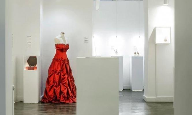 معرض بمتحف للعلاقات المنهارة لقصص الحب التي مزقتها الحروب