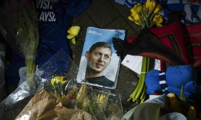 وصول جثمان سالا إلى مسقط رأسه بالأرجنتين