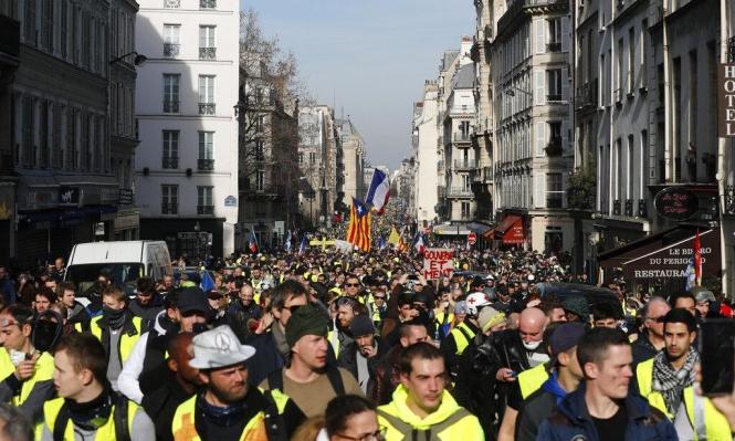 """مظاهرات """"السترات الصفراء"""" مستمرة وتفتتح شهرها الرابع"""