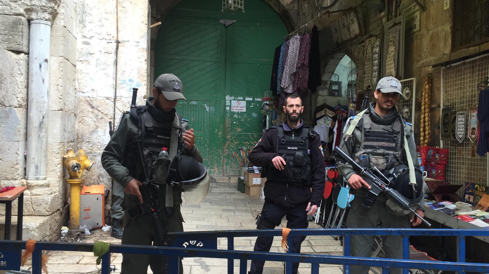 """الاحتلال يُعيد فتح أبواب الأقصى و""""الأوقاف"""" في انعقاد دائم"""