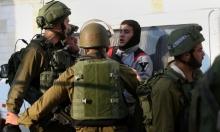 الاحتلال يعتقل 16 فلسطينيا في الضفة