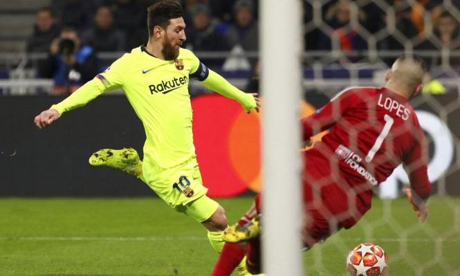 ليون يفرض التعادل أمام برشلونة