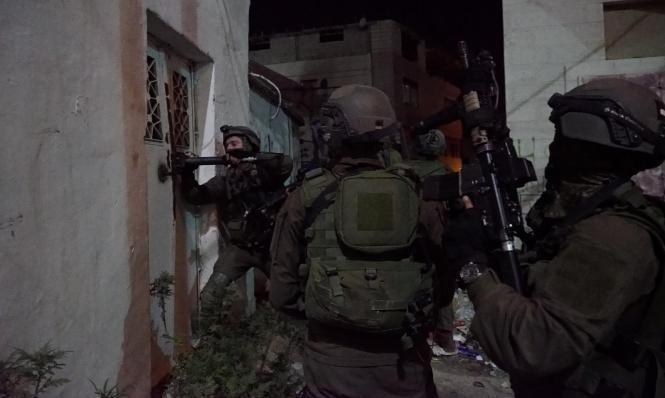 اعتقال عاصم البرغوثي: الاحتلال يحقق باعتداء جنوده على فلسطيني