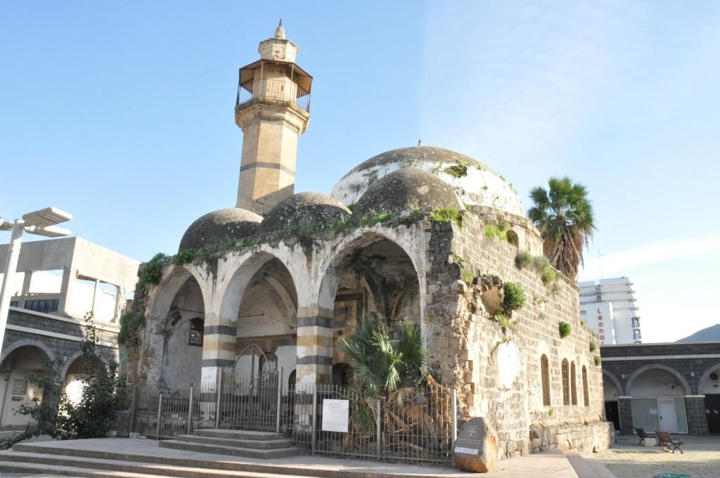 مسجد السوق البلدة القديمة مغلق ويواجه مخططا لتطوير مشروع سياحي تجاري