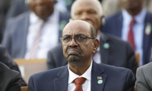 السودان: البشير يُعلن قائمة محظورات ويستبيحُ خصوصيّة المواطنين