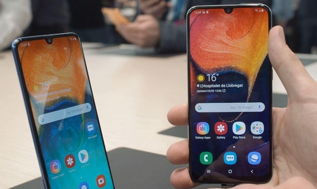 ما هي أهم ميزات هاتفي جالاكسي الجديدين A50 وA30؟