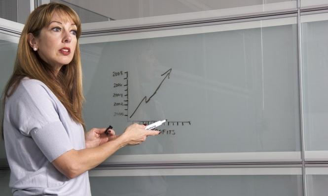 المعلمون يدفعون ثمن شروط التقاعد