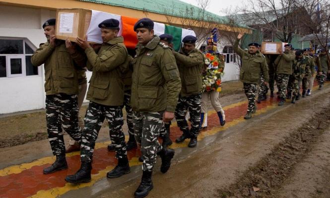 8 قتلى واستمرار  التوتر بين الهند وباكستان رغم الإفراج عن الطيار
