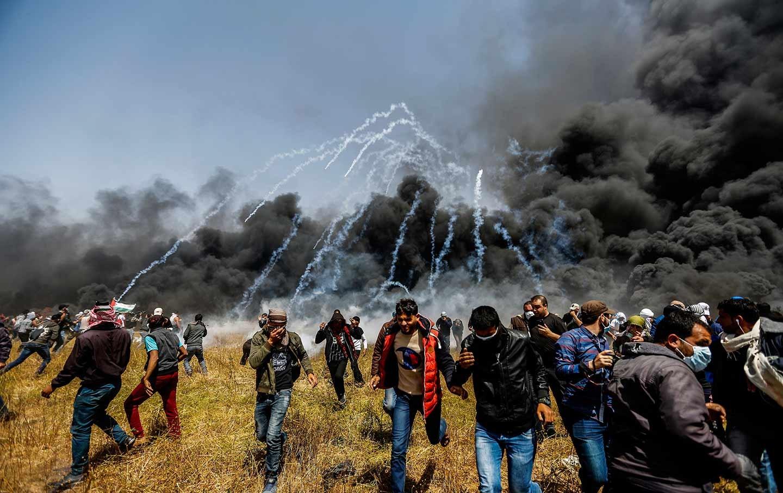 من القمع الإسرائيلي لمسيرات العودة (أ ب)