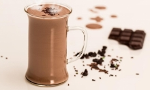 دراسة: مشورب الكاكاو يقلل من التعب النفسي المرتبط بالتصلب المتعدد