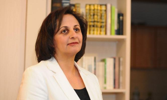 مقابلة | هوّاري تبحث العمل النسوي الإسلامي في الداخل ومقاربته عربيًا
