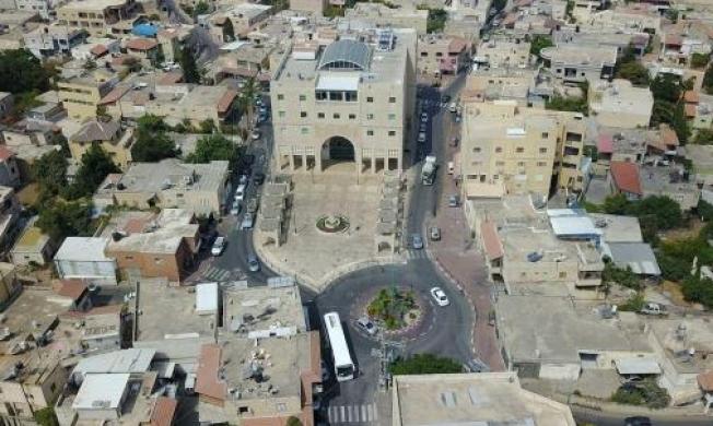 يركا: إخلاء مبنى المجلس المحلي بعد العثور على عبوة ناسفة