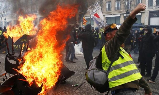 """ترامب يصوب سهامه لفرنسا بعد احتجاجات """"السترات الصفراء"""""""