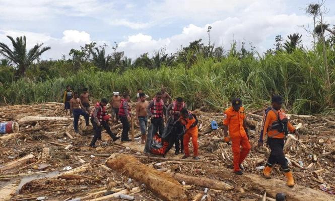 أندونيسيا: ارتفاعُ عدد ضحايا الفيضانات وإعلانُ حالة طوائ