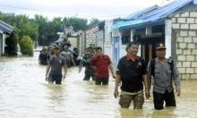 77 قتيلا حصيلة ضحايا فيضانات إندونيسيا
