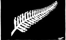 رمز العلم النيوزيلندي حاملًا بأوراقه 50 مصليًا