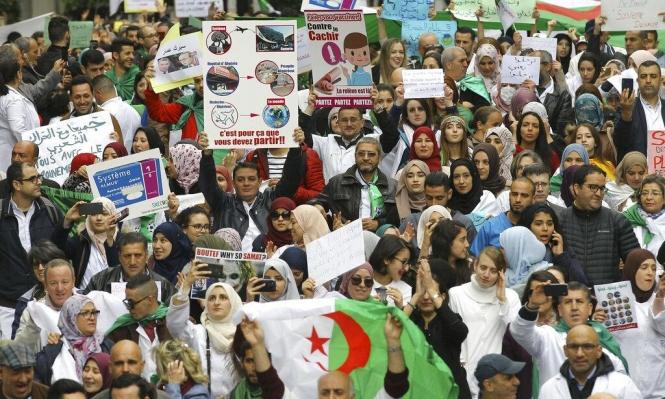 الجزائر: الحزب الحاكم يعلن مساندته للحراك الشعبي