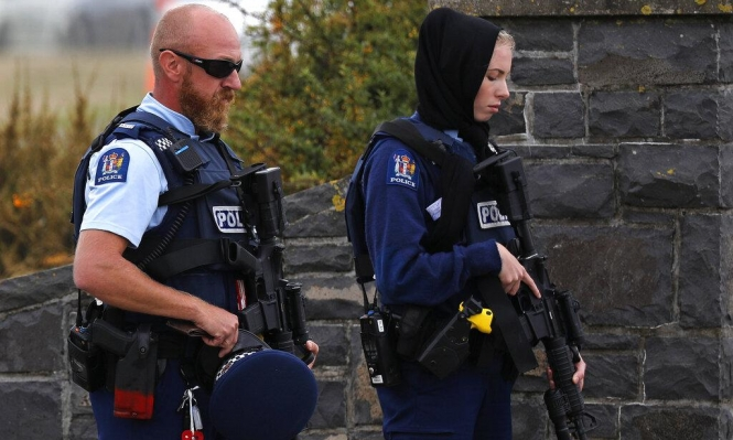 نيوزيلندا تحظر الأسلحة التي استخدمت بالهجوم على المسجدين