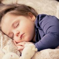 أسباب فقدان الأطفال للوعي.. بين البسيط والخطير