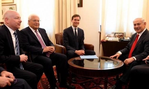 نتنياهو وموفدا البيت الأبيض والسفير الأميركي