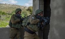 شهيد بغزة متأثرا بجروحه واعتقالات بالضفة