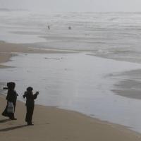 ملادينوف: جهود لمنع التصعيد في غزة؛ وحماس تنفي إطلاق الصاروخ