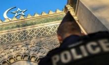 مجهولون يعتدون على مسجد بفرنسا: يضعون رأس خنزير ويسكبون دماء!