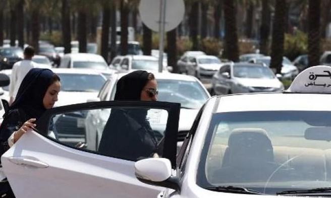 تأشيرتان طارئتان لشقيقتين سعوديتين هاربتيْن من رجال عائلتهما