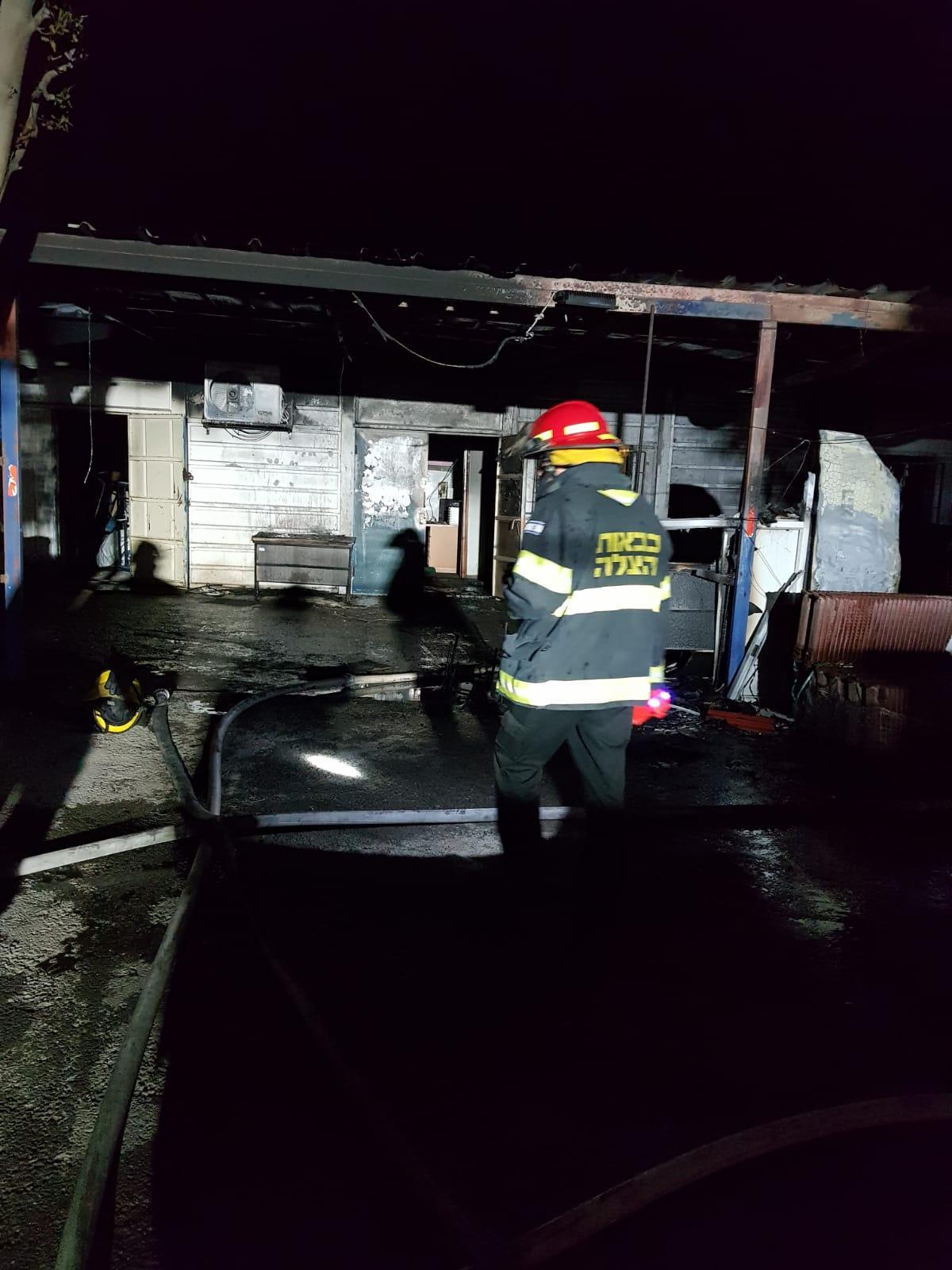 النقب: حريق في مخزن لبلدية رهط