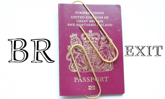 بريطانيا تبدأ إصدار جوازات سفر دون علامة الاتحاد الأوروبي