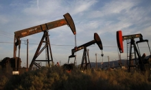 """""""النقد الدولي"""" يتوقع انخفاض أسعار النفط في العامين القادمين"""