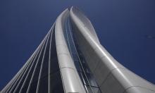 زها حديد تبدع حتى بعد وفاتها: افتتاح برج مائل بإيطاليا