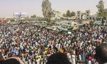 السودانيون يرفضون انقلاب بن عوف ويطالبون بحكومة انتقالية مدنية