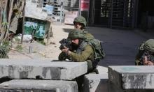 الخليل: إصابة شاب والاحتلال يدعي محاولة دهس شرطي